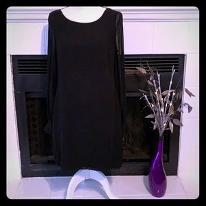 Cach'e Black Cocktail Dress. Size: 12